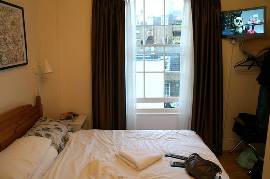 Belgravia Rooms : chambre