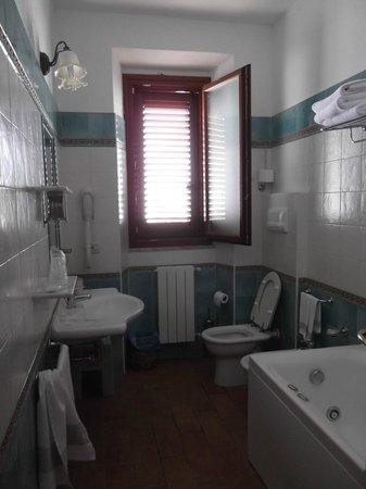 Hotel Il Querceto : baño