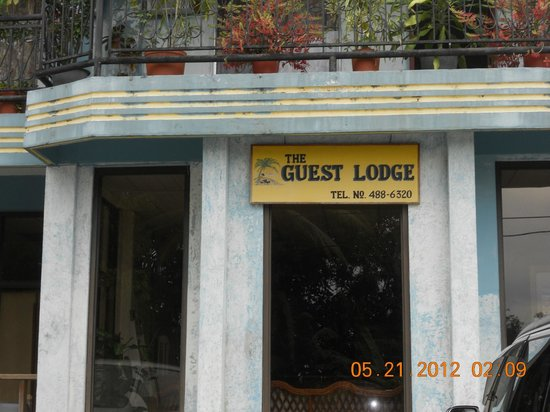 Guest Lodge Motel: It's not fancy but it's decent