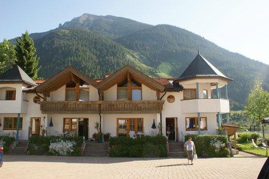 Hechenbergerhof: Вид одного из строений комплекса Хешенбергерхоф