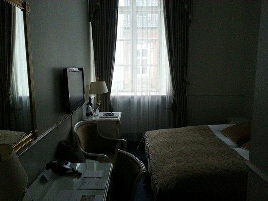 Phoenix Copenhagen: Main room