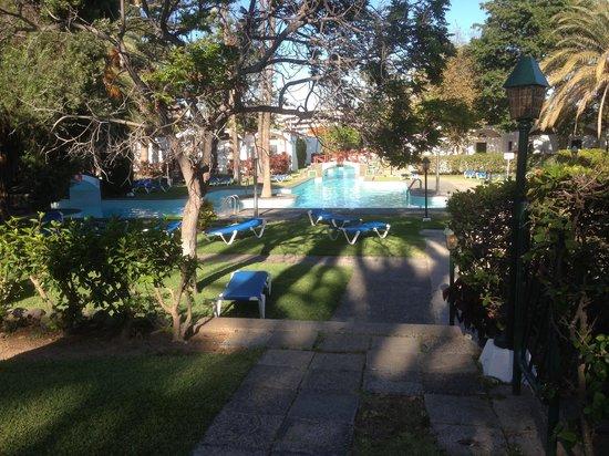 Cordial Biarritz Bungalows: Biarritz pool