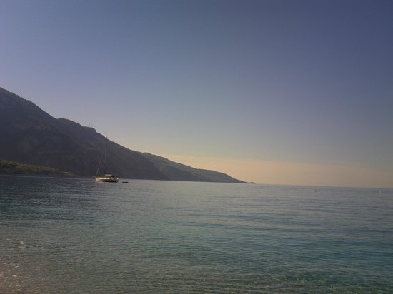 Akdeniz Beach Hotel : the beach
