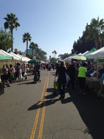 Studio City Farmers Market: market