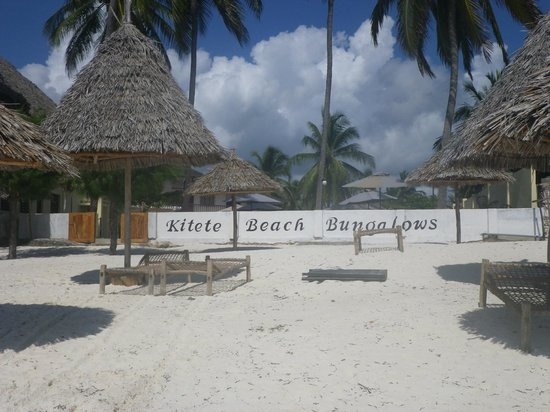 Kitete Beach Bungalows : kitete