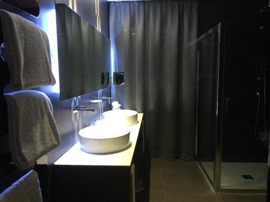 Berg Luxury Hotel : Lavabos