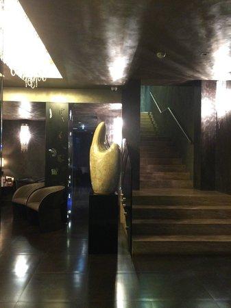 Berg Luxury Hotel: Accueil de l'hôtel