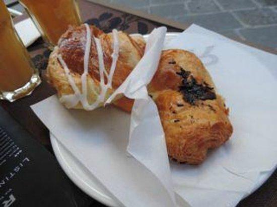 B&B La Dimora degli Angeli: breakfast pastries