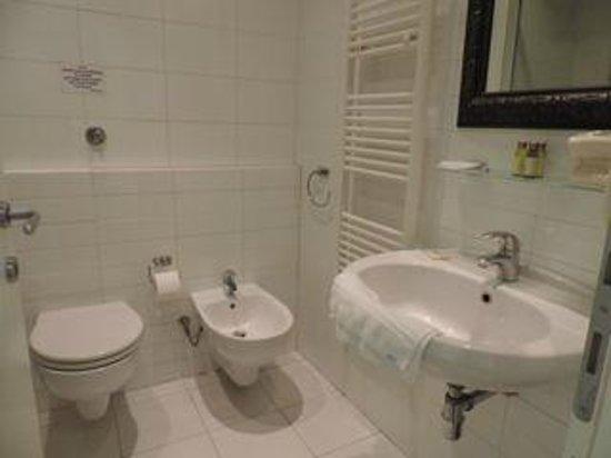 B&B La Dimora degli Angeli: bathroom