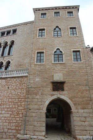 Castle of Soardo-Bembo, bale, croácia