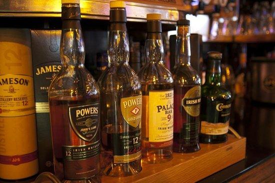 Jerry Flannerys Bar Catherine Street: Whiskey bar