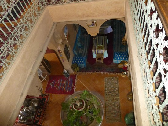 Riad Dar Barbara: entrance / living room