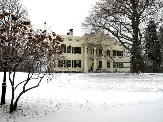 Jay Heritage Center: The Jay Mansion in winter
