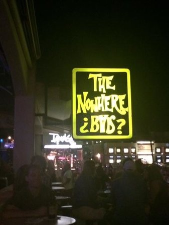 The Nowhere Bar: bar at night