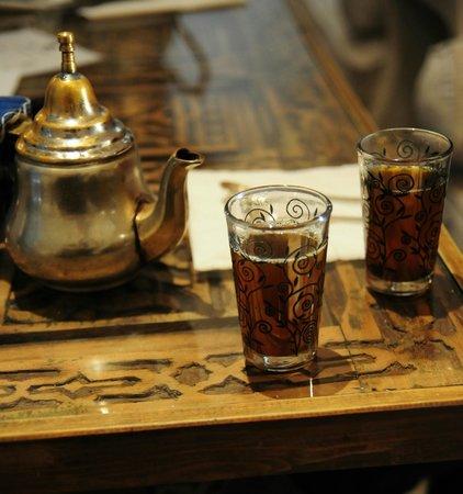 Riad Malaika : Le thé à la menthe