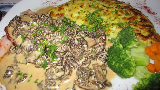 Restaurant De la ferme Robert : Jambon aux MORILLES TOP !