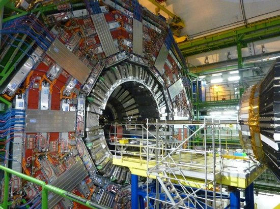 CERN: Inside the CMS!
