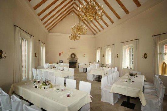 Schlosswirt Meseberg: Saal für größere Feiern