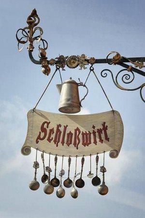 "Schlosswirt Meseberg: ""Zunftschild"""