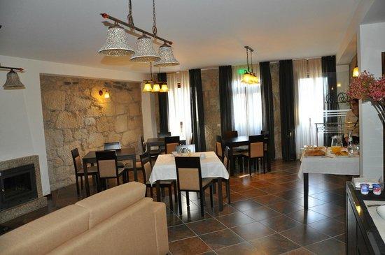 Casa dos Rui's Turismo Real: Sala colazione/lounge