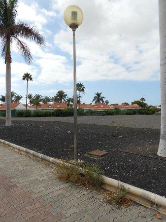 Centro Comercial Faro 2 : Moonscape
