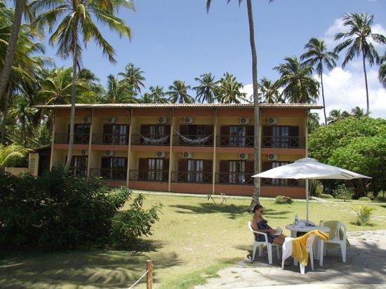 Igarakue Hotel Pousada: Vista dos apartamentos voltados para a praia