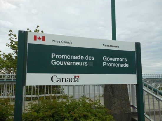 La Promenade des Gouverneurs : Placa