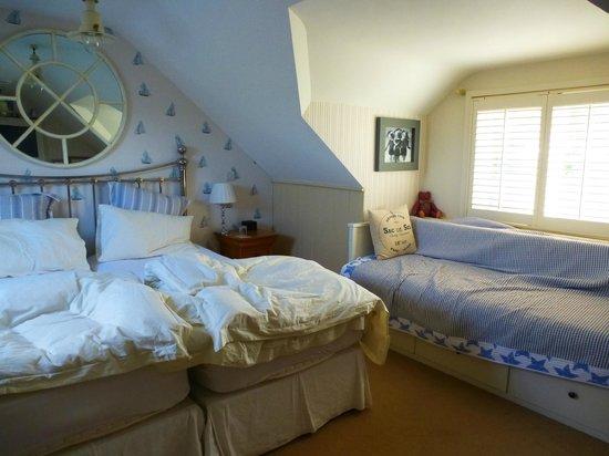 The Boathouse Bosham: Comfy beds!