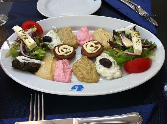 Dionisos: Tapas gregas