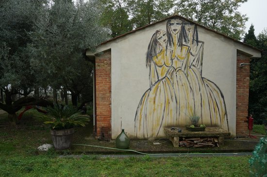 Residenza d'Arte: Outside art