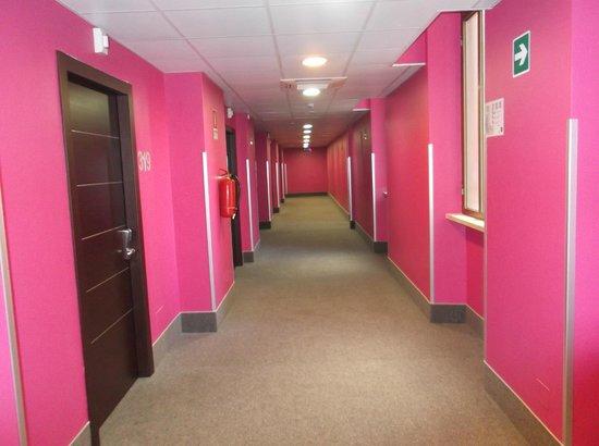 B&B Hotel Roma Trastevere: corridoio del terzo piano (camere)