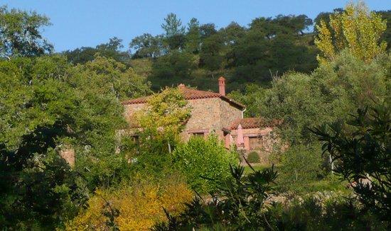 Molino Rio Alajar: casas 2