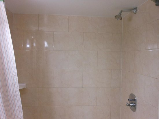 Extended Stay Canada - Ottawa : shower