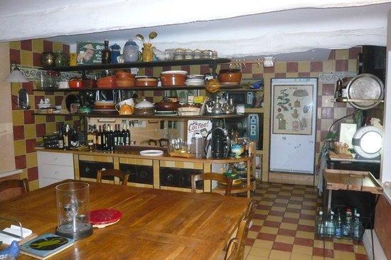 Une Campagne en Provence : Küche und Speiseraum