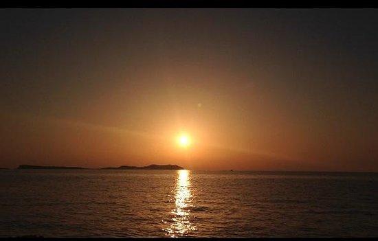 Nereida Aparthotel: Gorgeous sunset