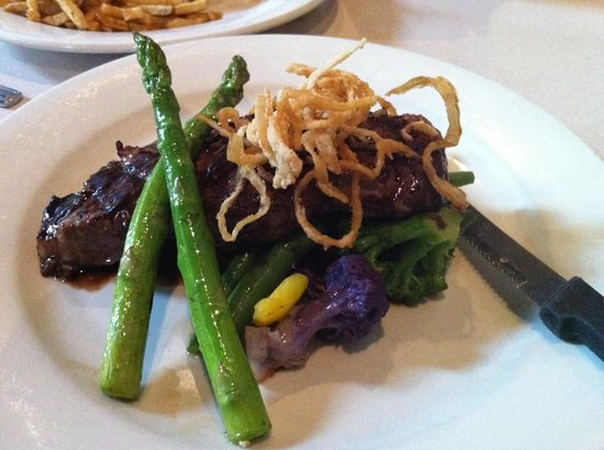 Subeez Cafe: Great strip loin steak