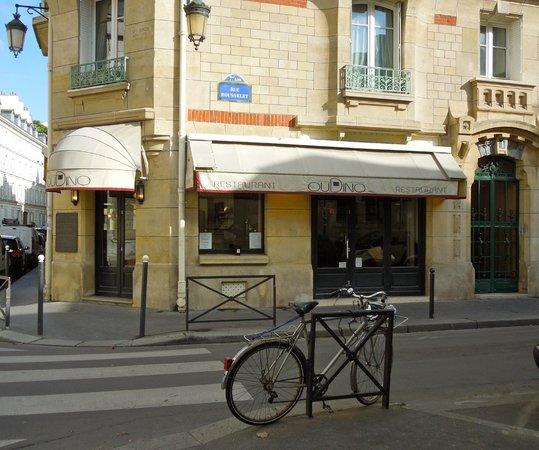 Oudino: Restaurant