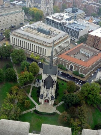 Cathedral of Learning: View of Heinz Chapel from COL