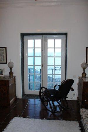 Casa Das Barcas: Vista da sala