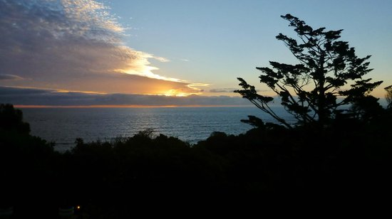 Camps Bay Retreat: Awesome sunset