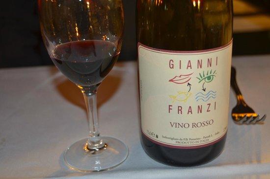 Trattoria Gianni Franzi: The hotel/restaurant's house wine