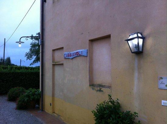 Castello di Cabbiavoli: The Ciliegio Apt. Building