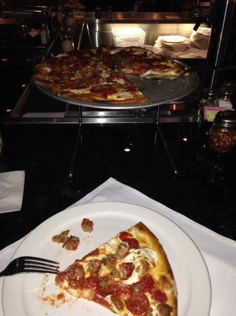 Grimaldi's Pizzeria - Green Valley : Personal size pizza