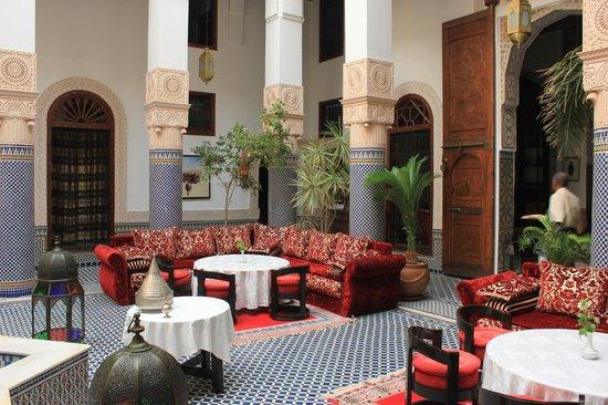 Riad Myra: The courtyard where meals are taken