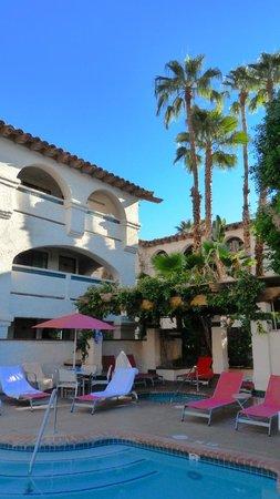 Best Western Plus Las Brisas Hotel : Pool Area