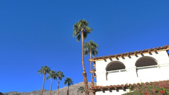 BEST WESTERN PLUS Las Brisas Hotel: View Looking up from pool area