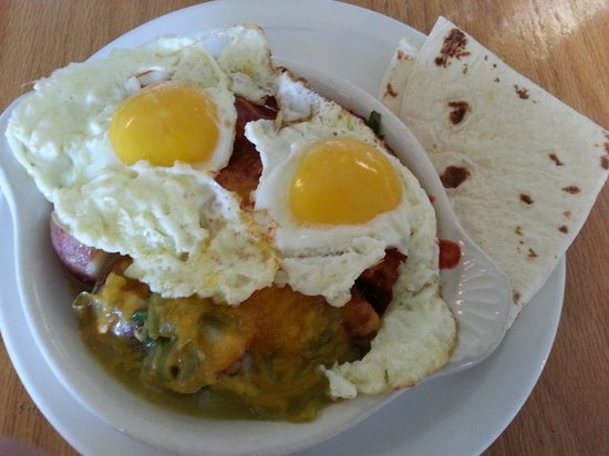 Tecolote Cafe: Sheepherder's Breakfast - yummy with a bit of red chile heat built in