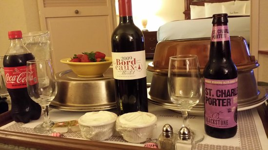 DoubleTree Suites by Hilton Hotel Nashville Airport: Room Service
