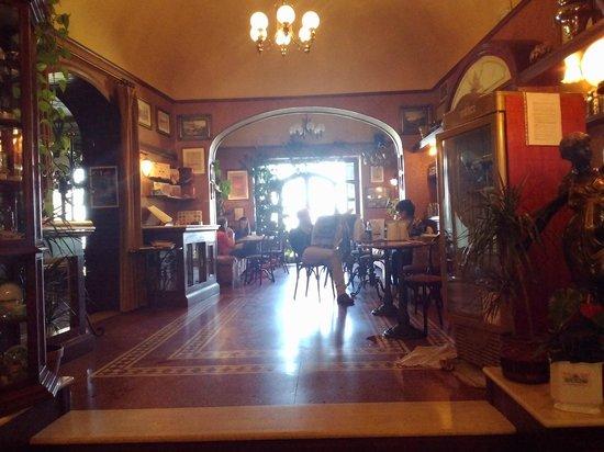 Caffe Poliziano : Interior