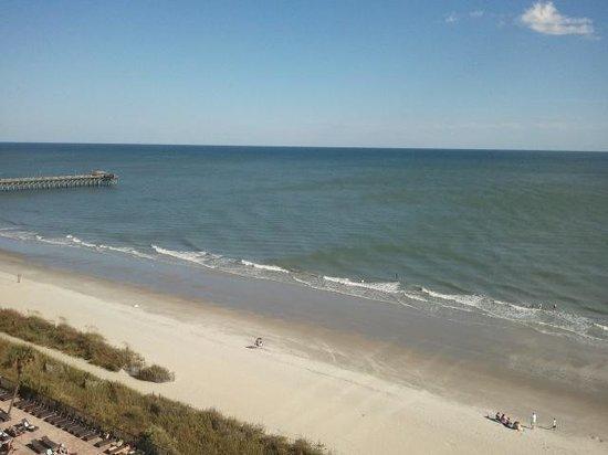 Sandy Beach Resort: Angle ocean view room